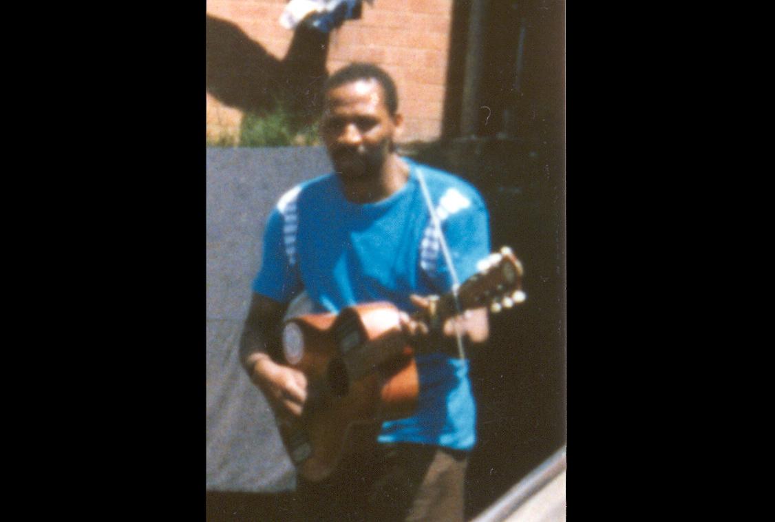 Manothisa Albert Nene, Glebelands male hostel, Durban 1985 Photo_Janet Topp Fargion.jpg