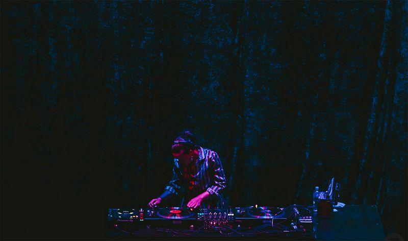 Noise in my Head w/ Jnett