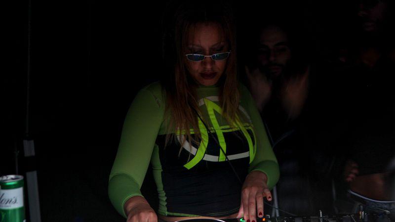 Larry B & Mischa Mafia - Live From Hackney Carnival w/ Carhartt WIP