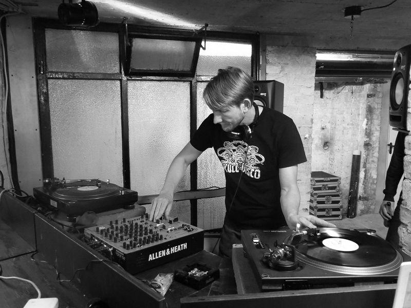 DJ Pete (Hard Wax) - Live From Berlin III