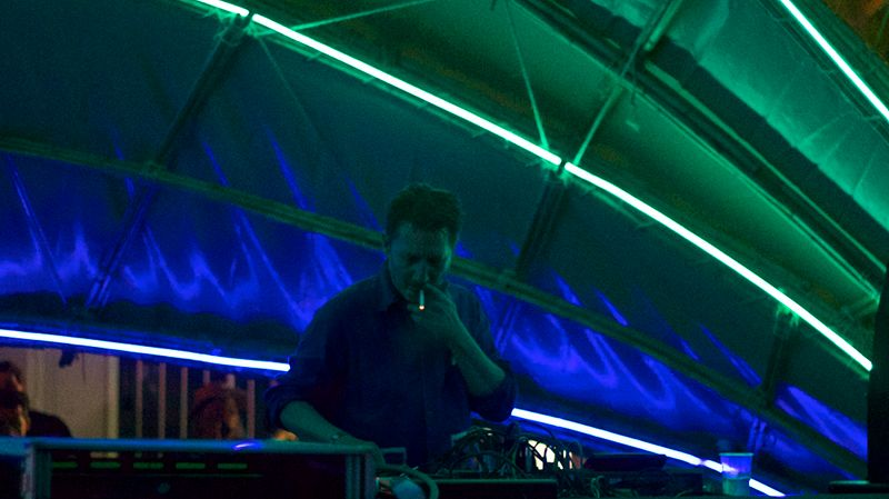Tolouse Low Trax (Live From Primavera Sound)